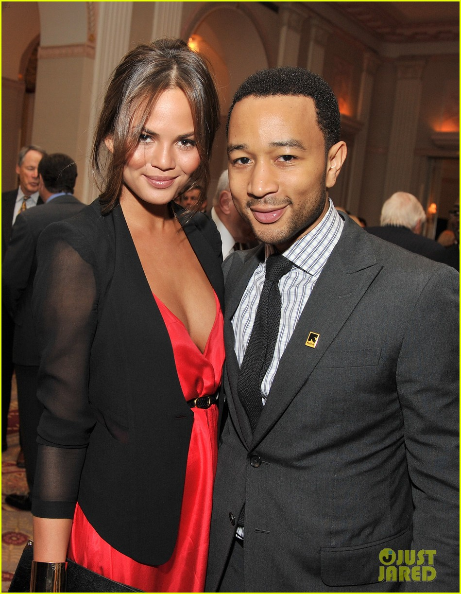 chrissy teigen john legend international rescue committee freedom award 032599022