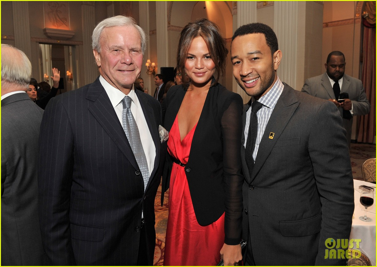 chrissy teigen john legend international rescue committee freedom award 052599024