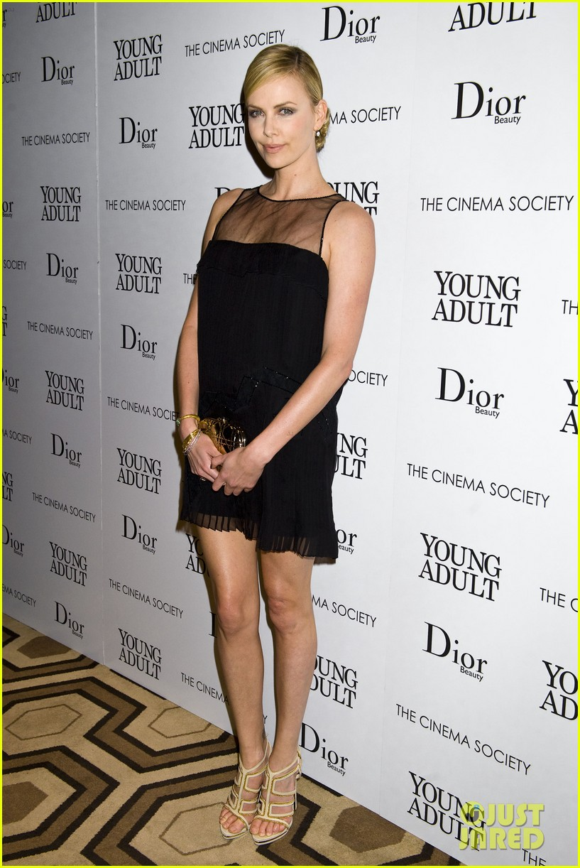 charlize theron young adult nyc 012601853