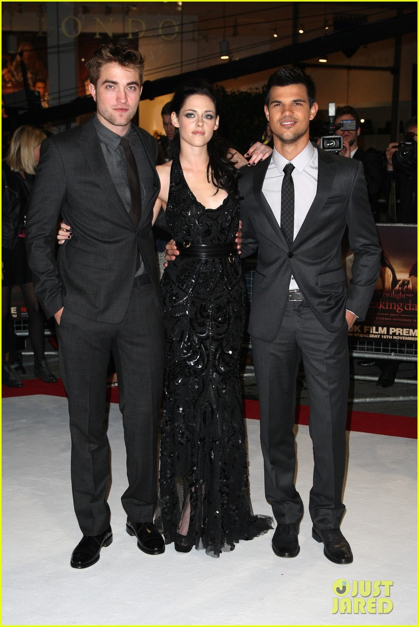 kristen stewart robert pattinson breaking dawn london 012601077