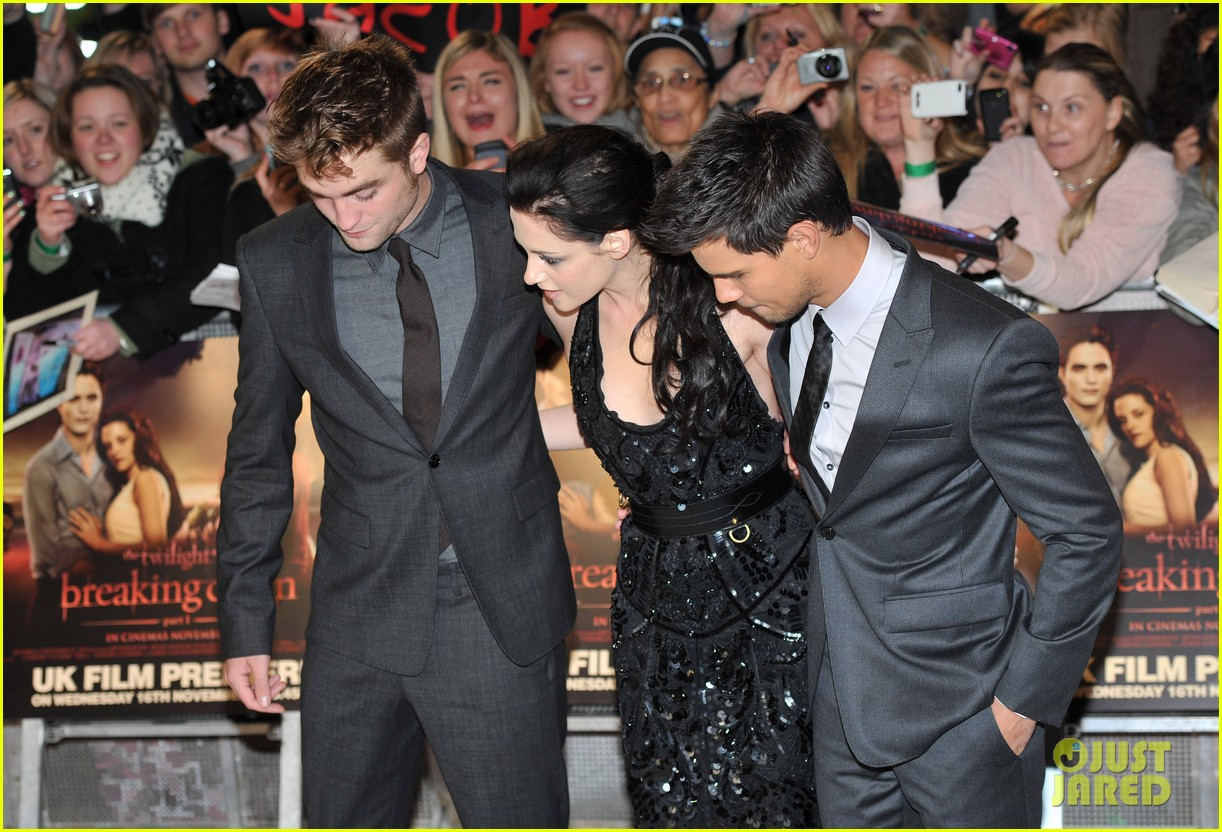 kristen stewart robert pattinson breaking dawn london 112601087