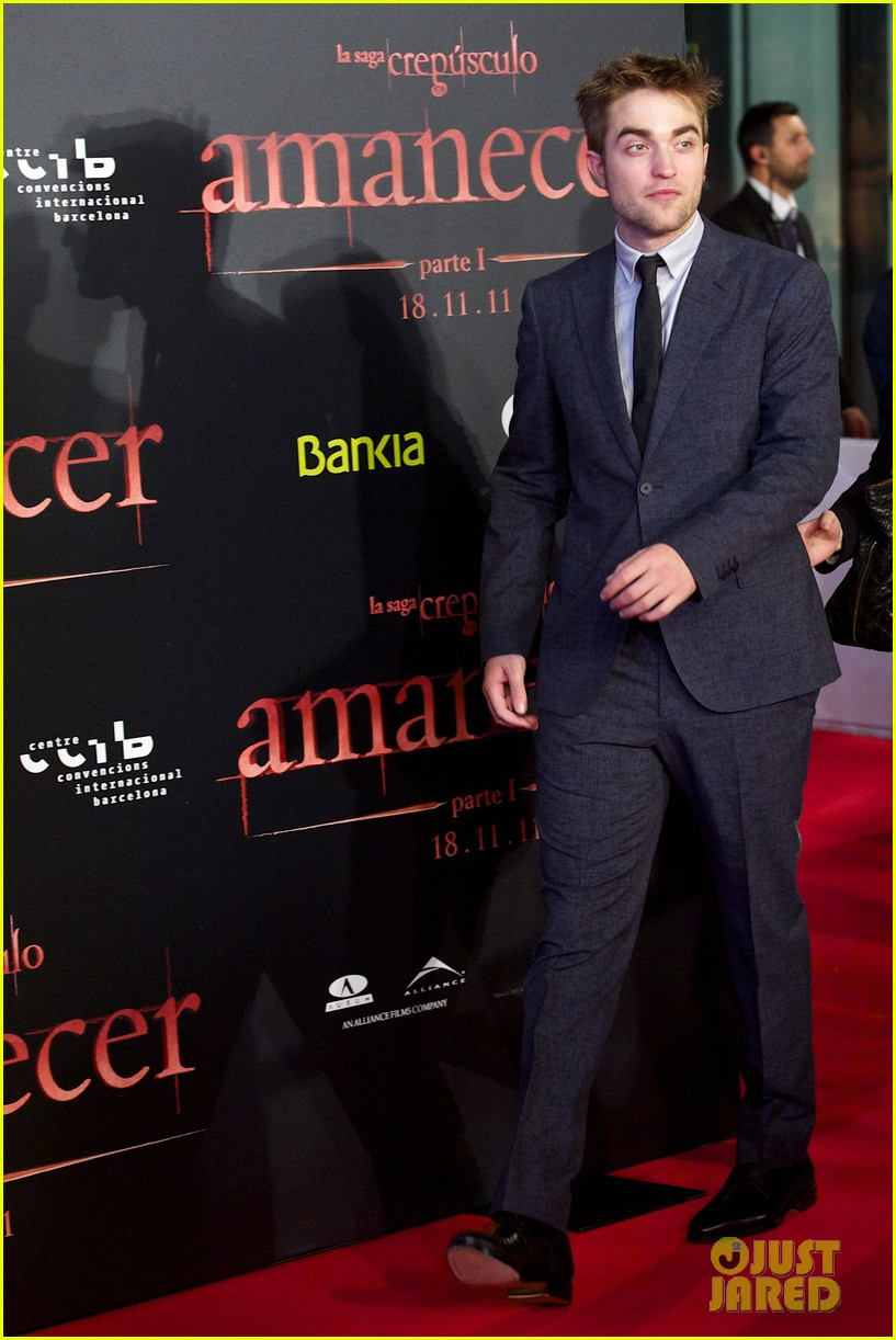 robert pattinson taylor lautner twilight spain premiere 012601480