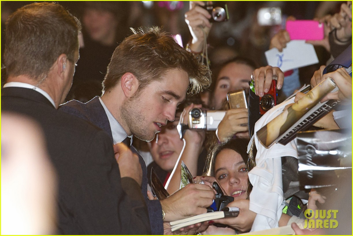 robert pattinson taylor lautner twilight spain premiere 12