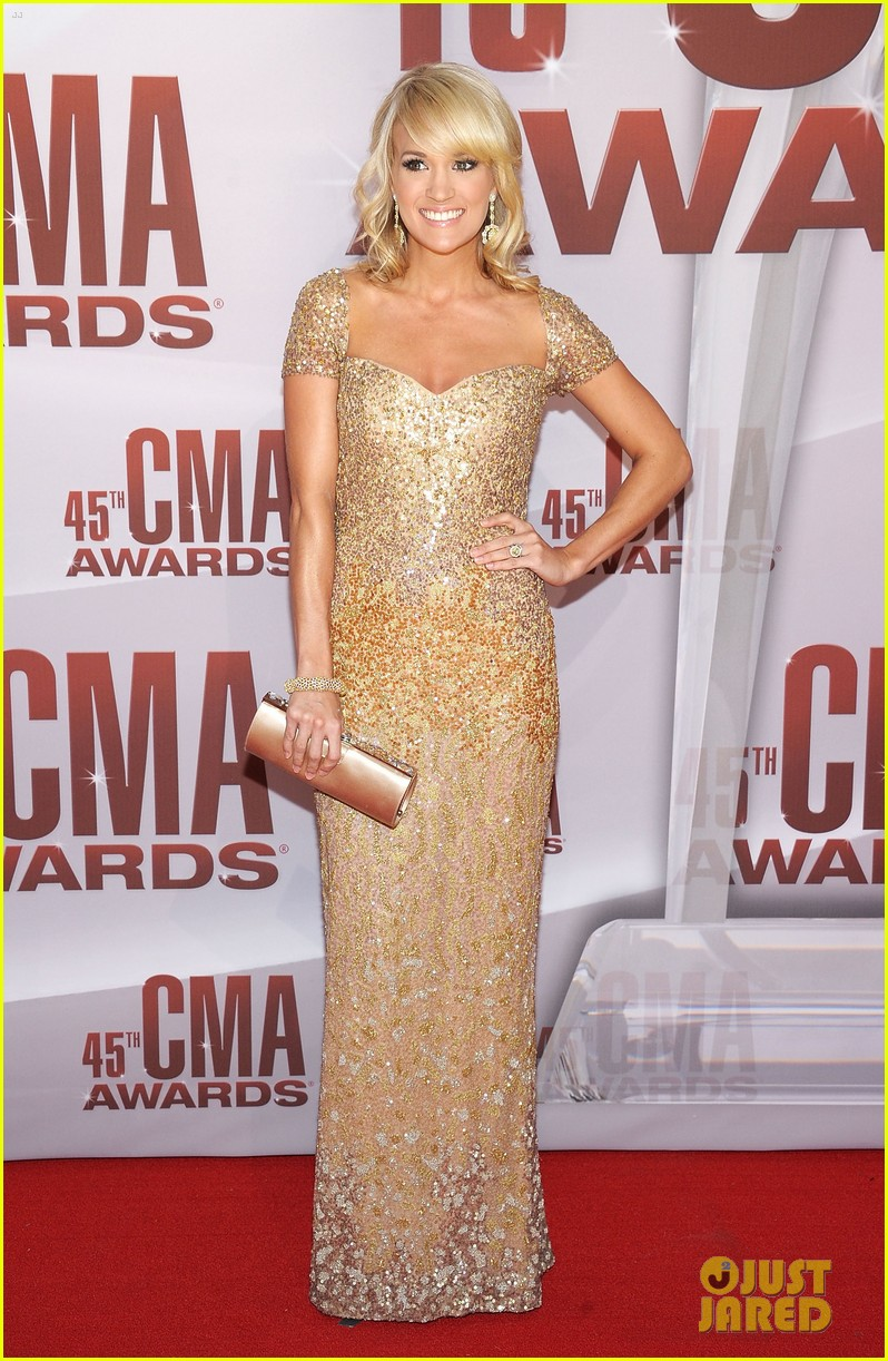 carrie underwood cma awards 2011 03