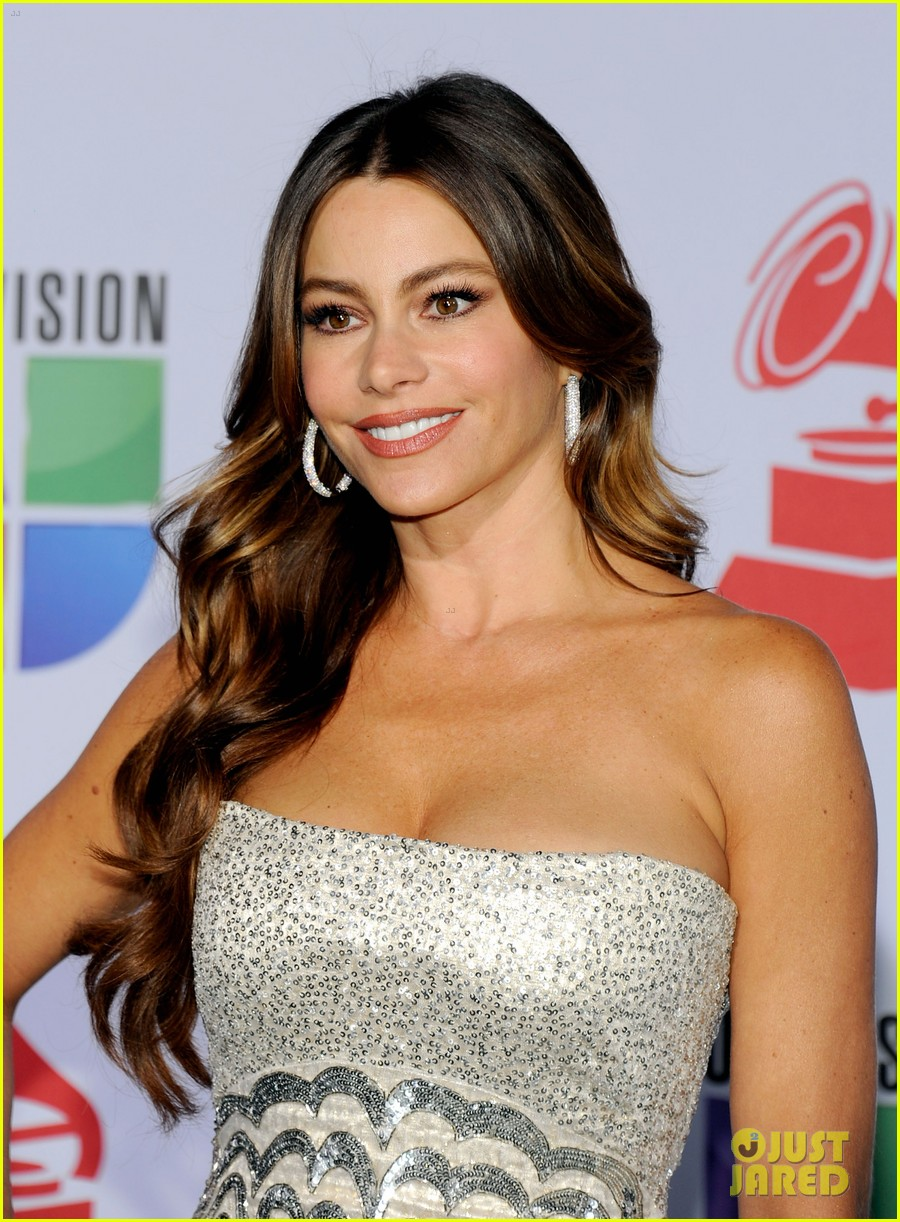 sofia vergara music awards 09