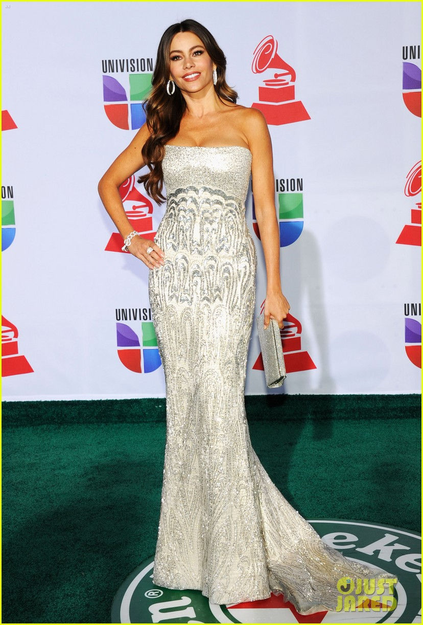 sofia vergara music awards 112599177