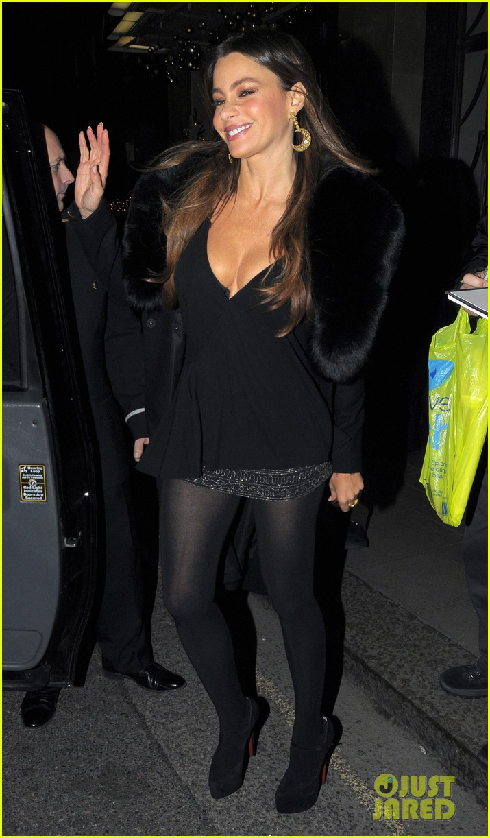 sofia vergara thanksgiving london 012604131