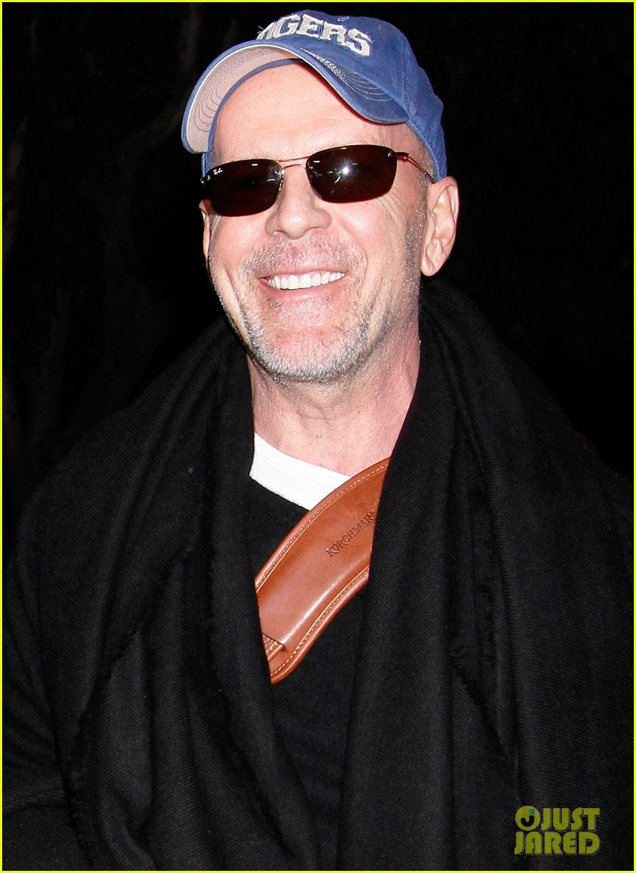 bruce willis emma heming lax arrival with tallulah rumer 032604552