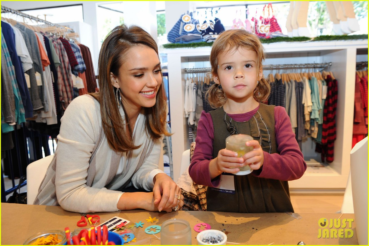 jessica alba splendid event honor 02