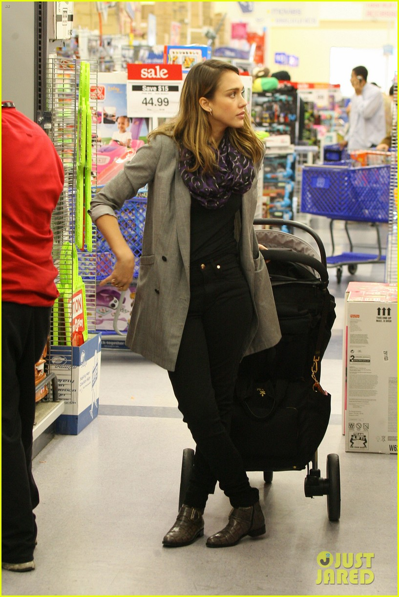 jessica alba toys r us stop with baby haven 052611698