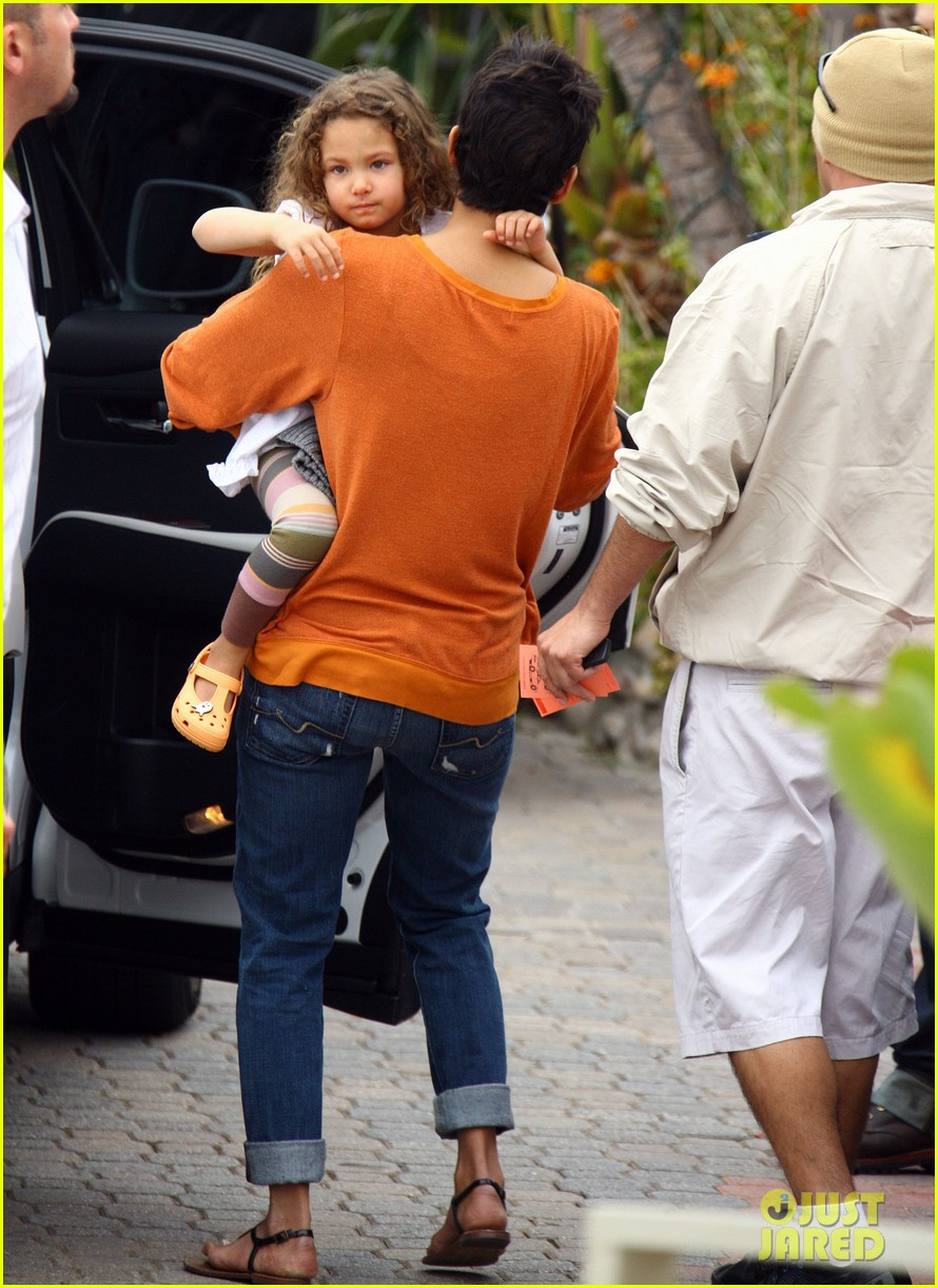 halle berry lunch olivier martinez nahla 092613543