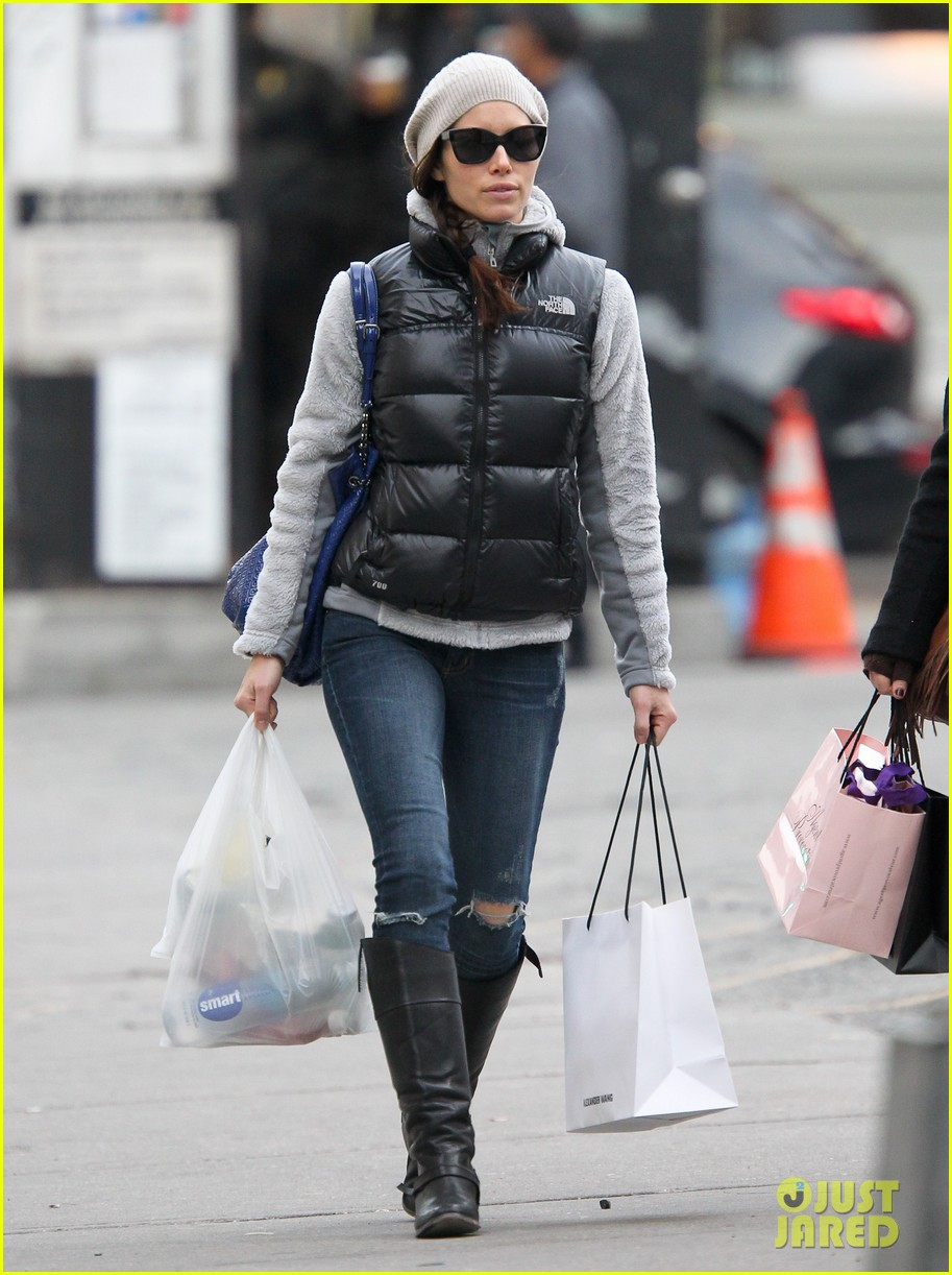 jessica biel shopping nyc 04