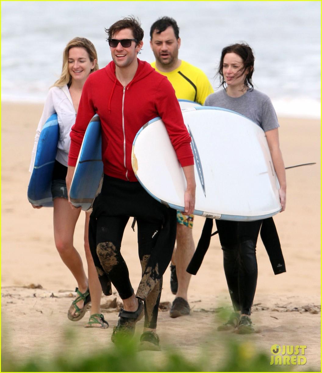 emily blunt john krasinski surf vacation 012613628