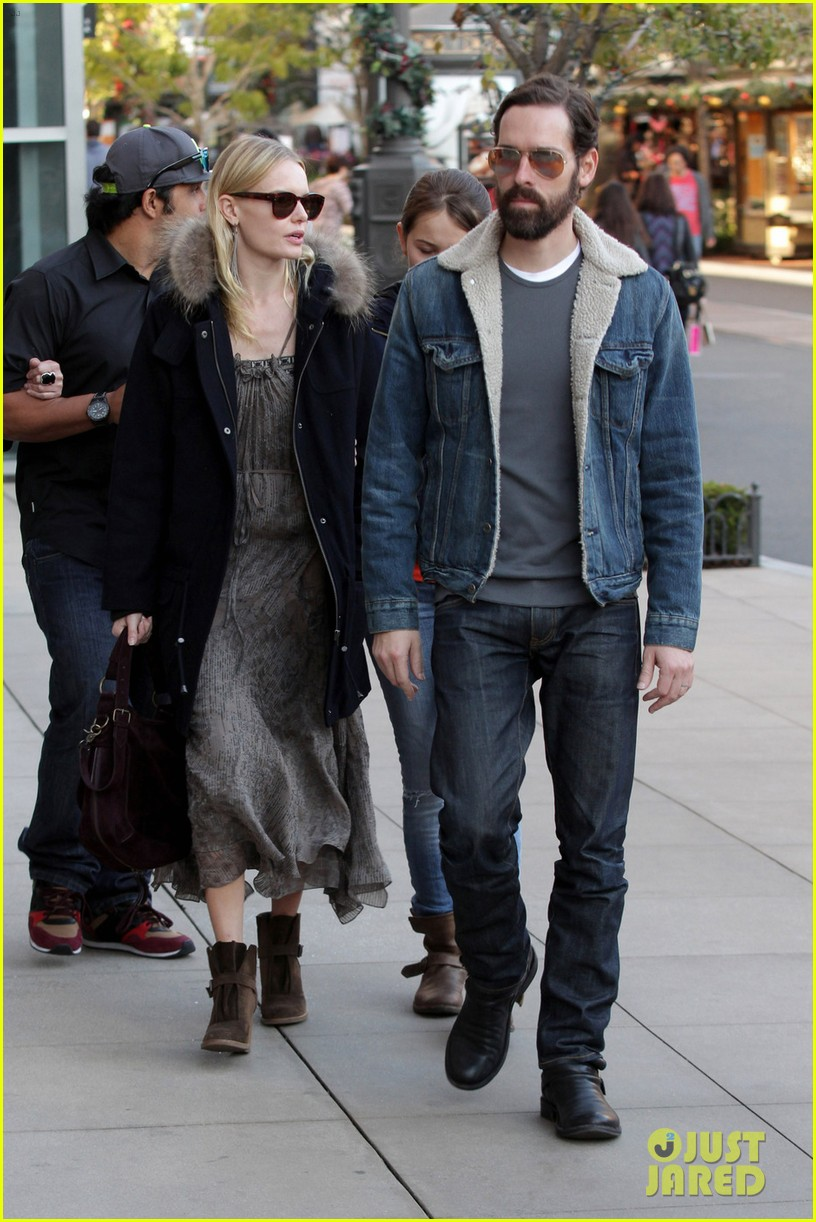 kate bosworth shops with michael polish daughter 102609012