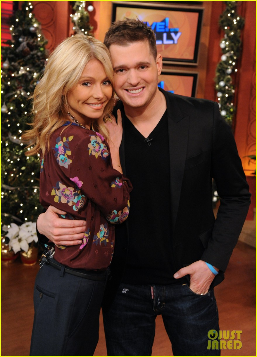 michael buble live with kelly 01
