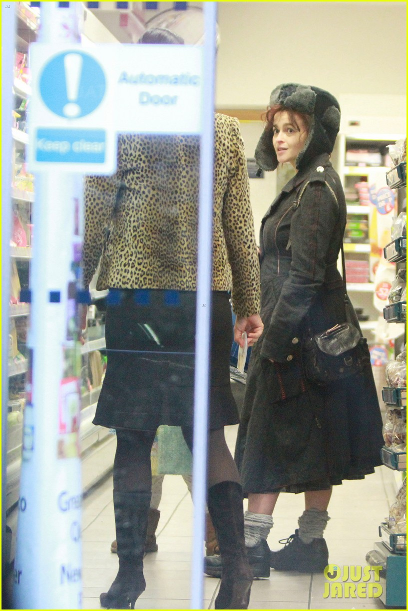 helena bonham carter tesco stop with nell 05