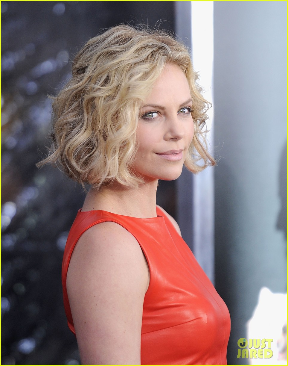 Young Charlize Theron nude (69 photos), Topless, Leaked, Feet, lingerie 2019