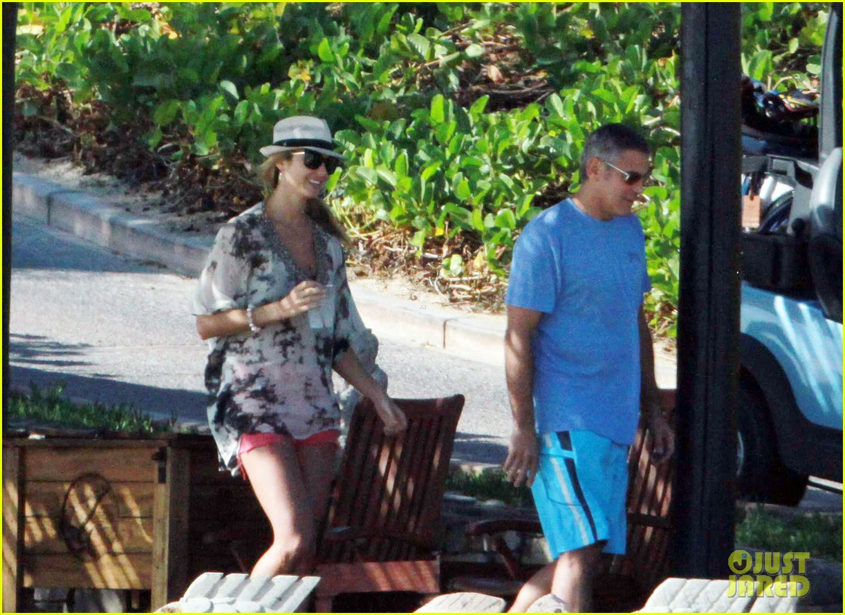 george clooney stacy keibler cabo mexico 07