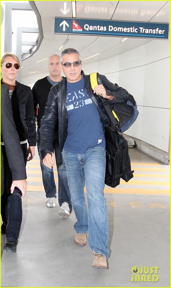 george clooney sydney departure 012609646