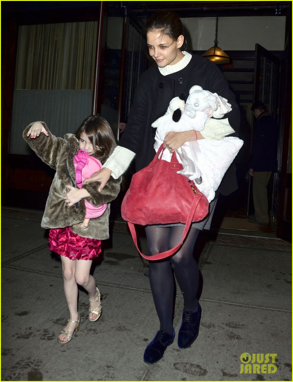tom cruise katie holmes late night getaway with suri 02