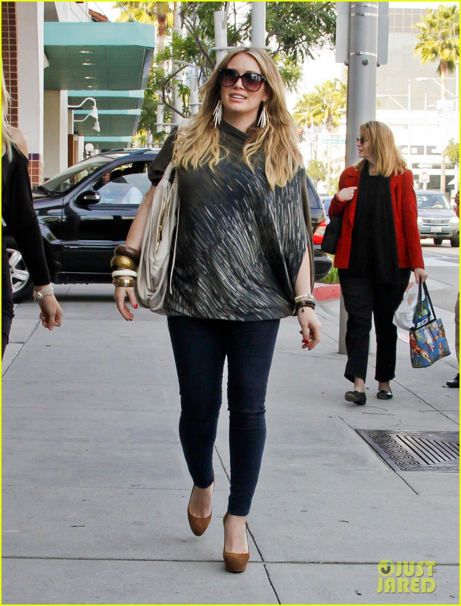 hilary duff mike comrie shopping 052613205