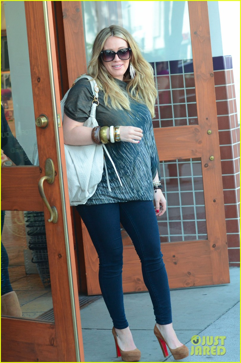 hilary duff mike comrie shopping 102613210