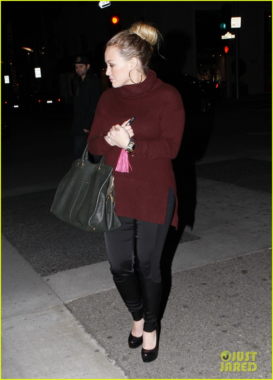 hilary duff dinner date mike comrie 08