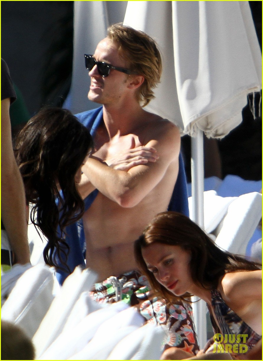 tom felton shirtless miami 01