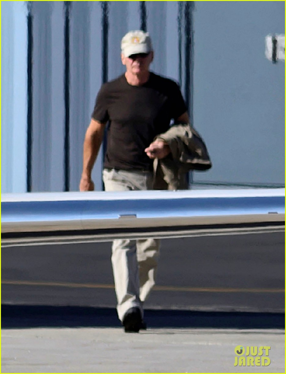 harrison ford liam jet 012612732