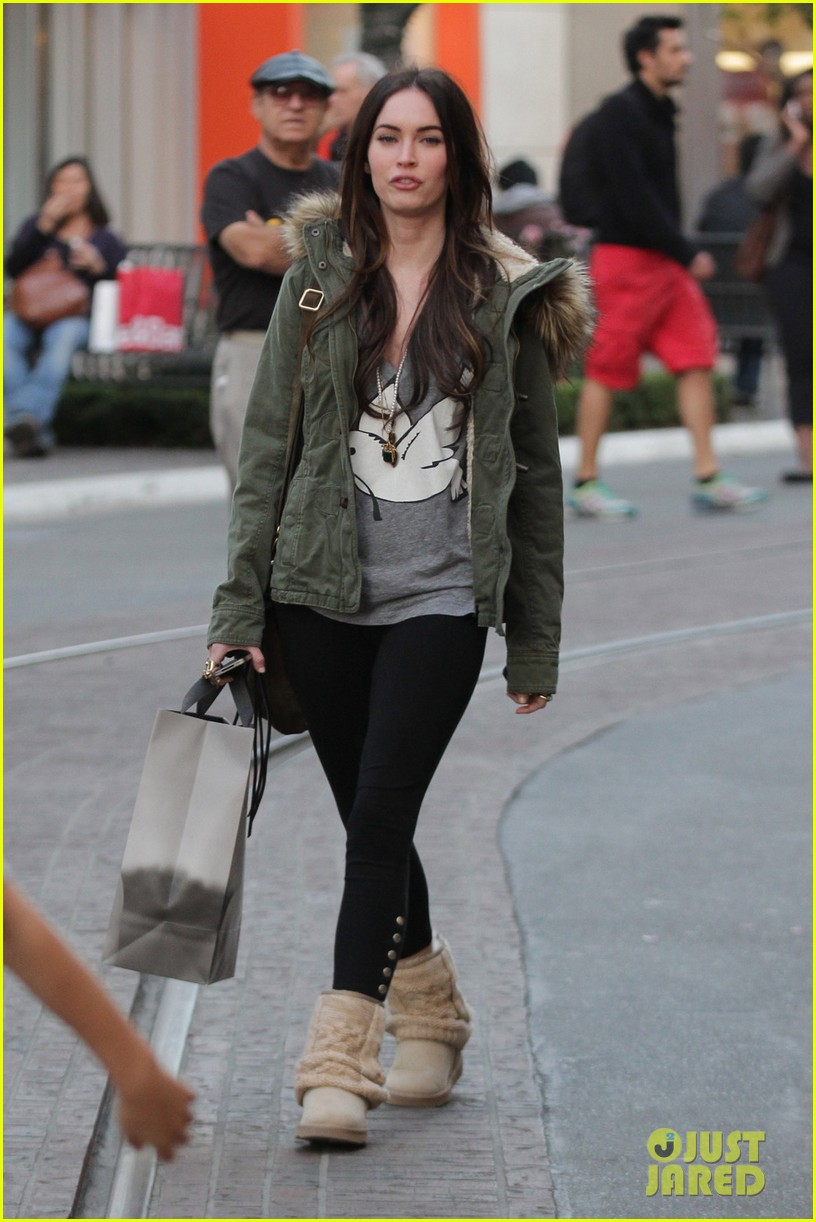 megan fox shopping grove 01