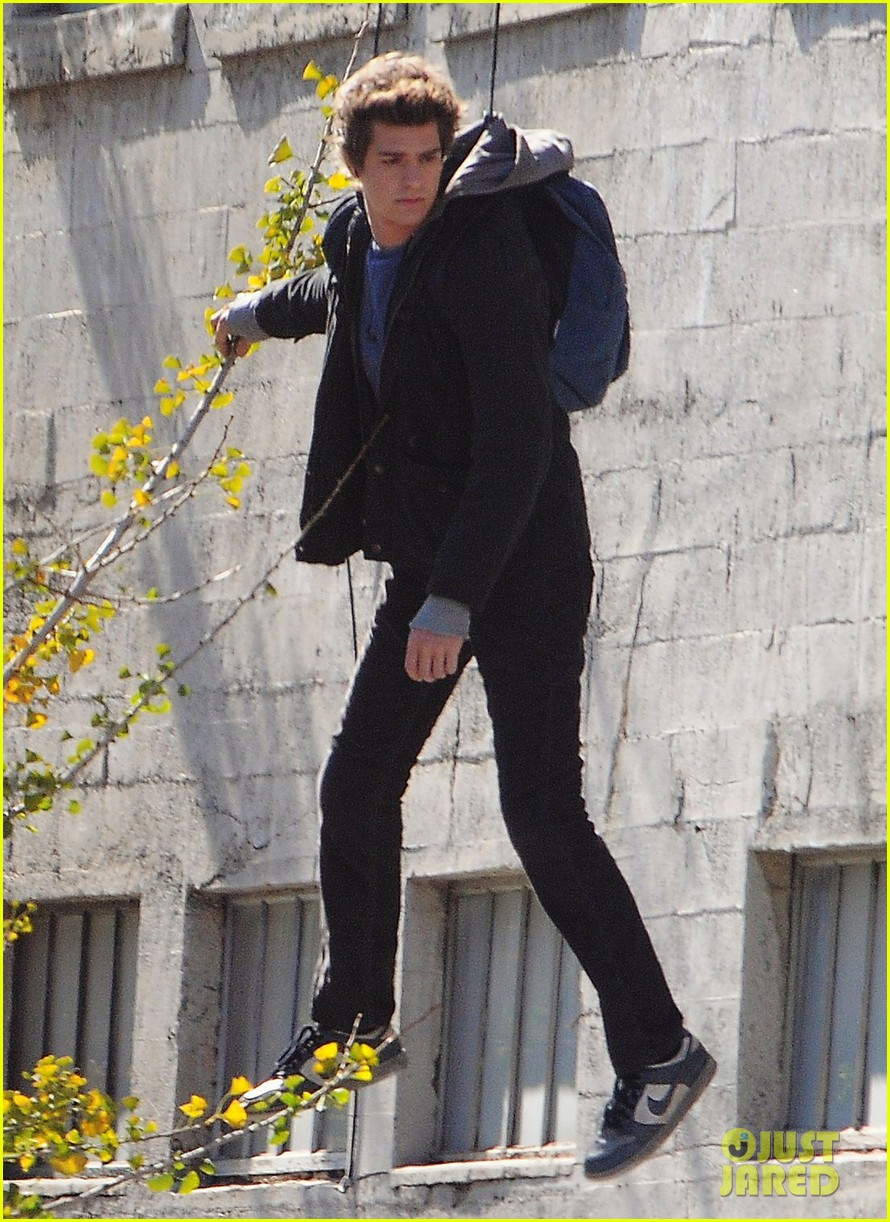 andrew garfield flying spider man 13