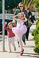 jennifer garner leaves ballet class with the girls 09