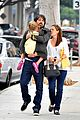 jennifer garner ben affleck kiss violet santa monica 07