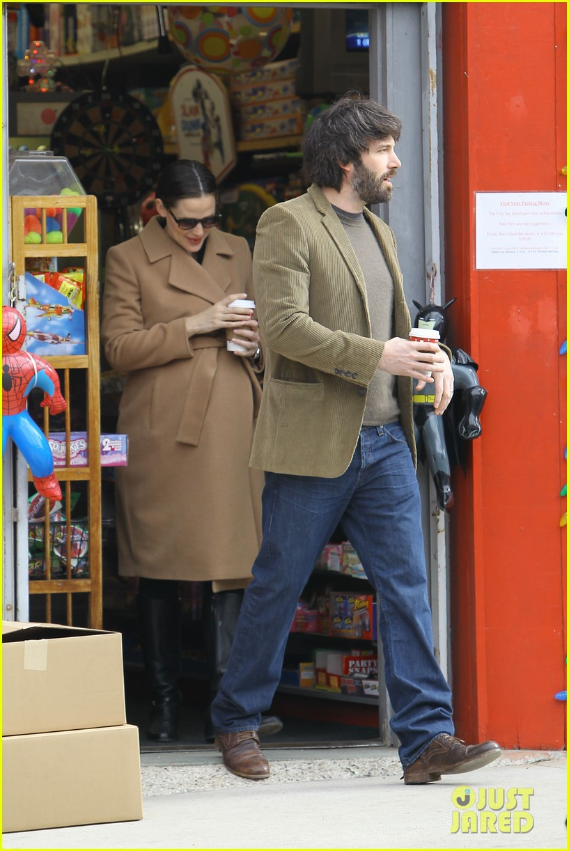 jennifer garner ben affleck toy store 052609164