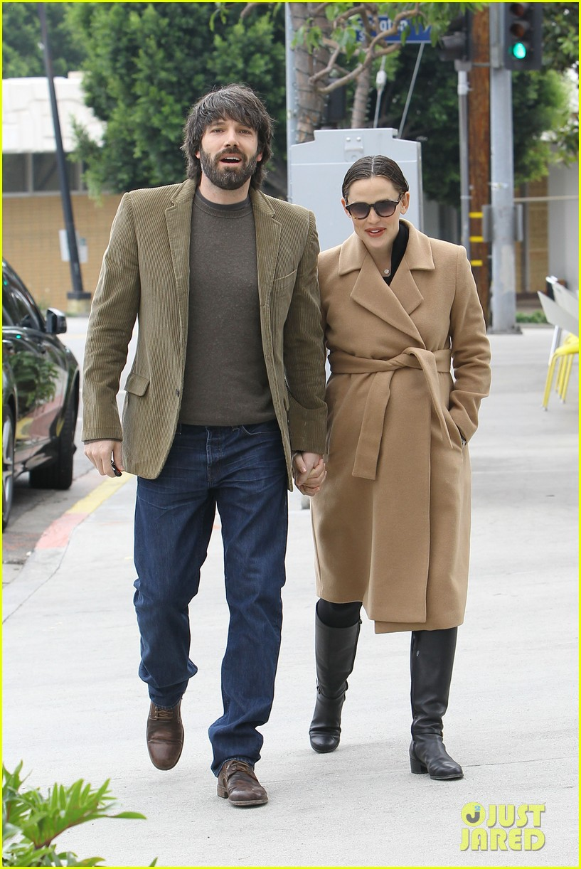 jennifer garner ben affleck toy store 06