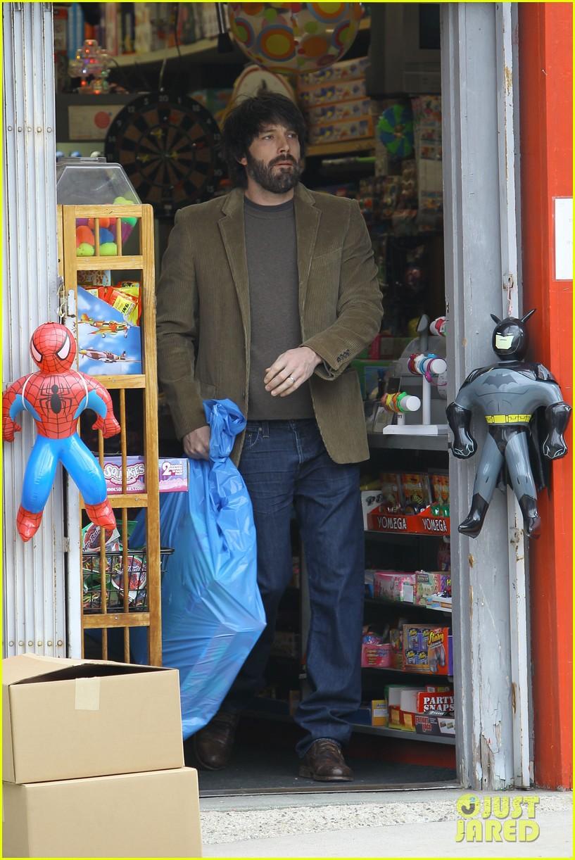 jennifer garner ben affleck toy store 112609170