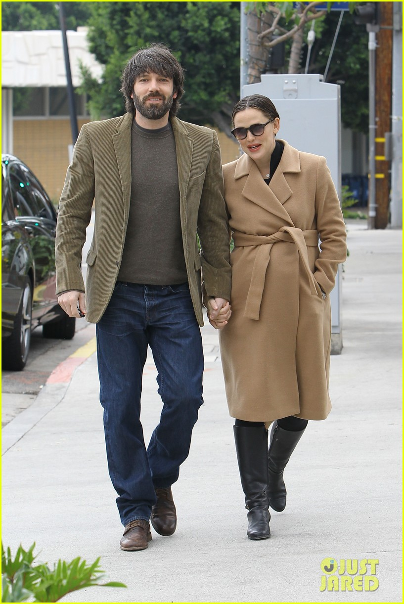 jennifer garner ben affleck toy store 212609180