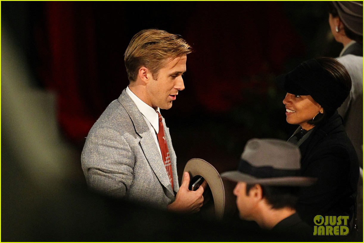 ryan gosling late night gangster squad 12