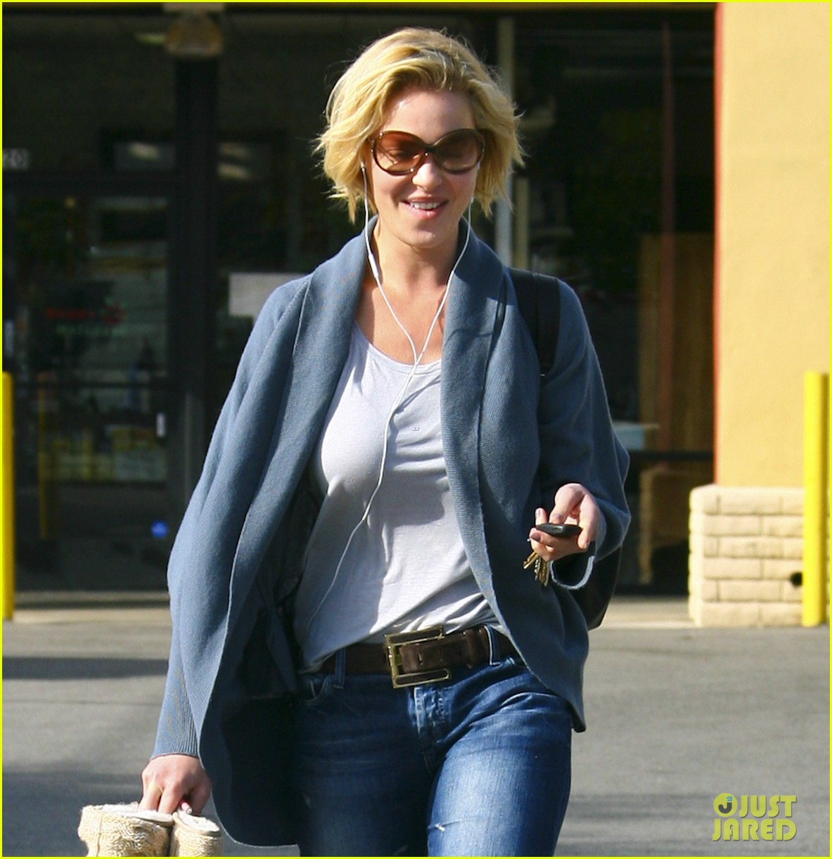 katherine heigl nail to toe rescue 03