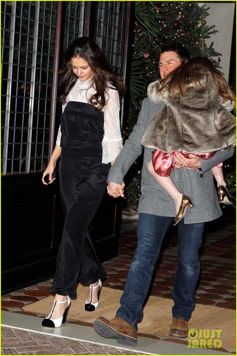 katie holmes tom cruise birthday night out 012610994