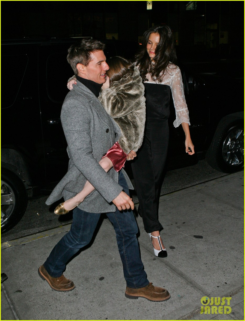katie holmes tom cruise birthday night out 022610995