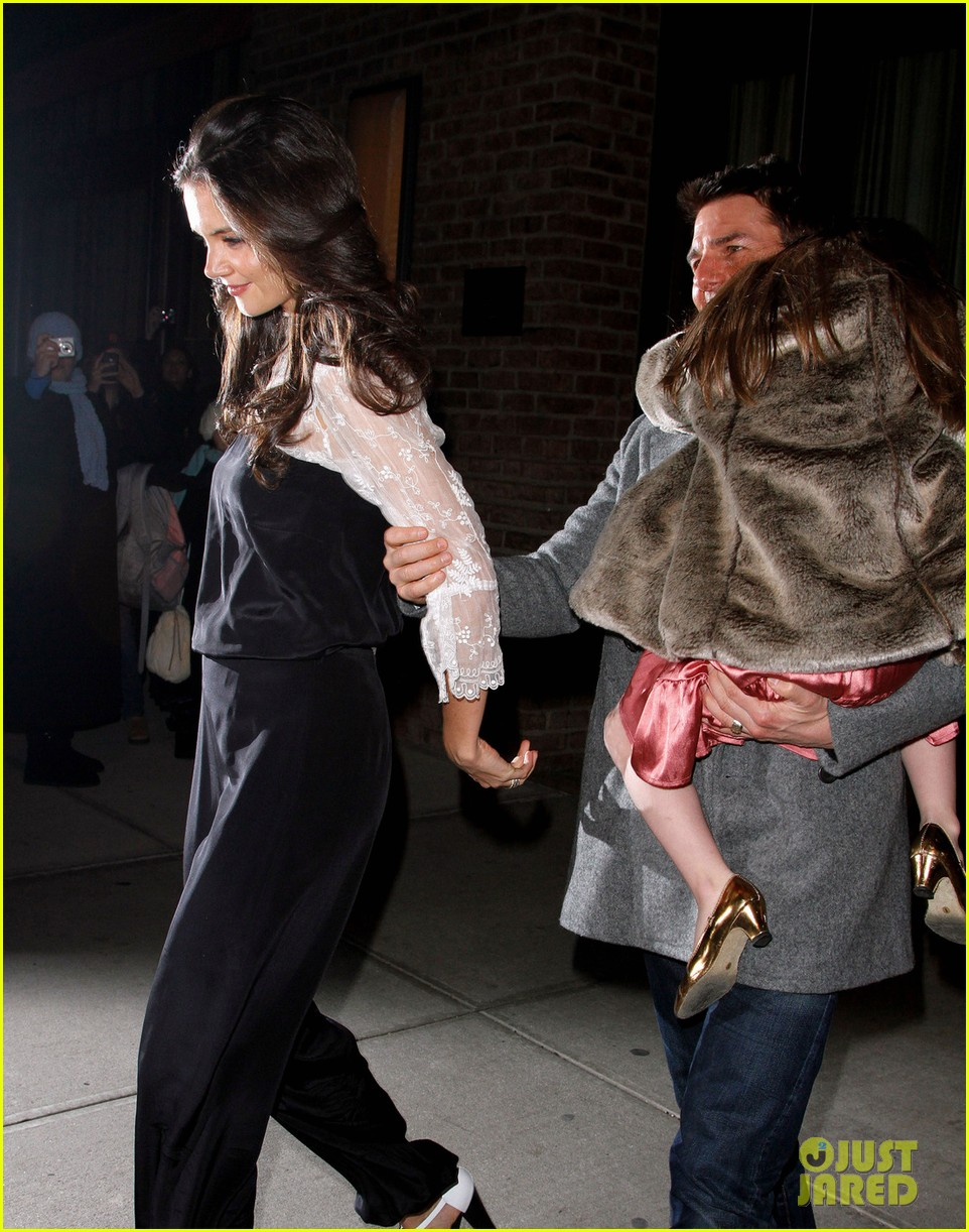 katie holmes tom cruise birthday night out 032610996