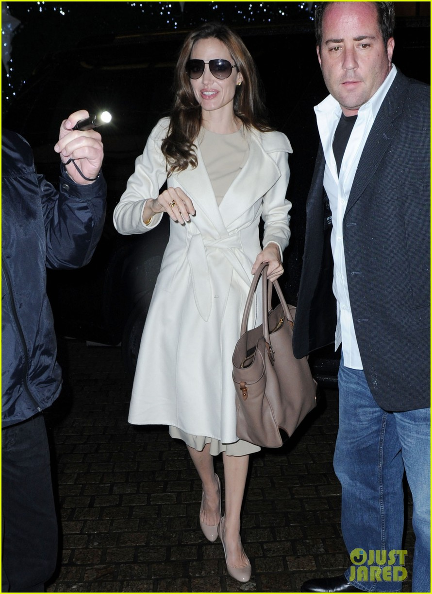 angelina jolie white coat 012607274