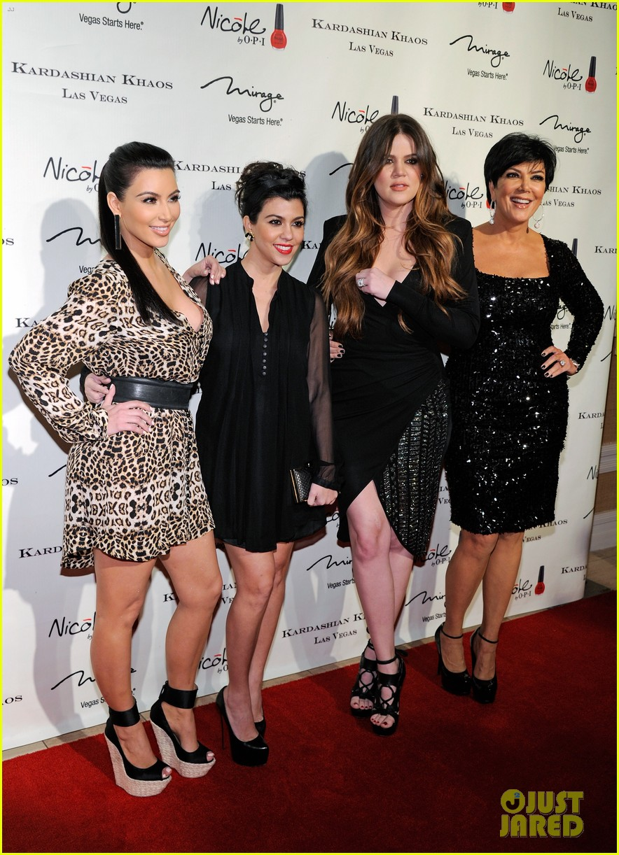the kardashian family celebrate kardashian khaos opening 14
