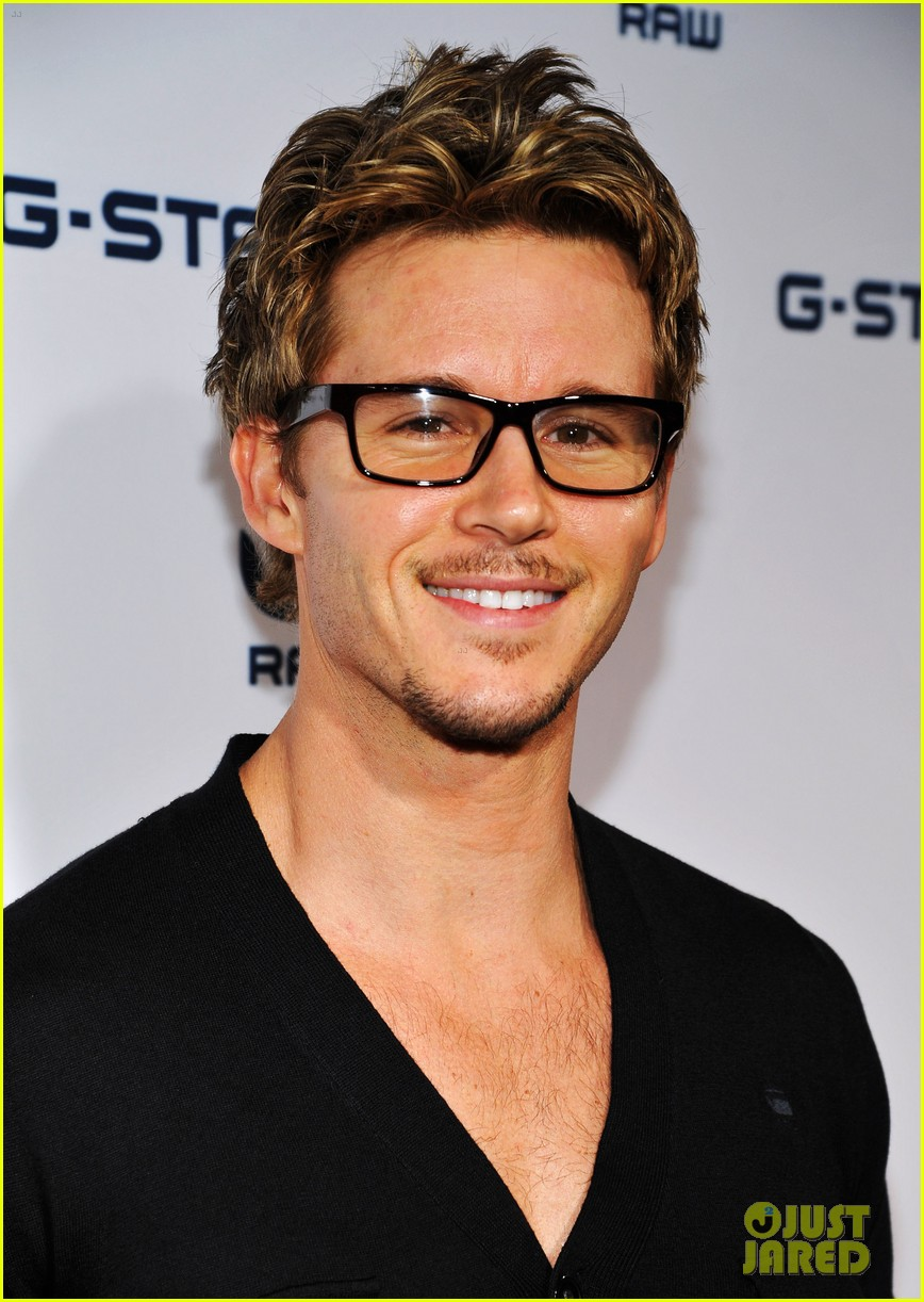 ryan kwanten married