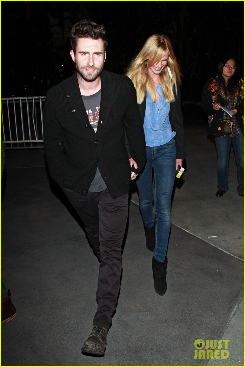 adam levine anne v lakers lovers 022612846