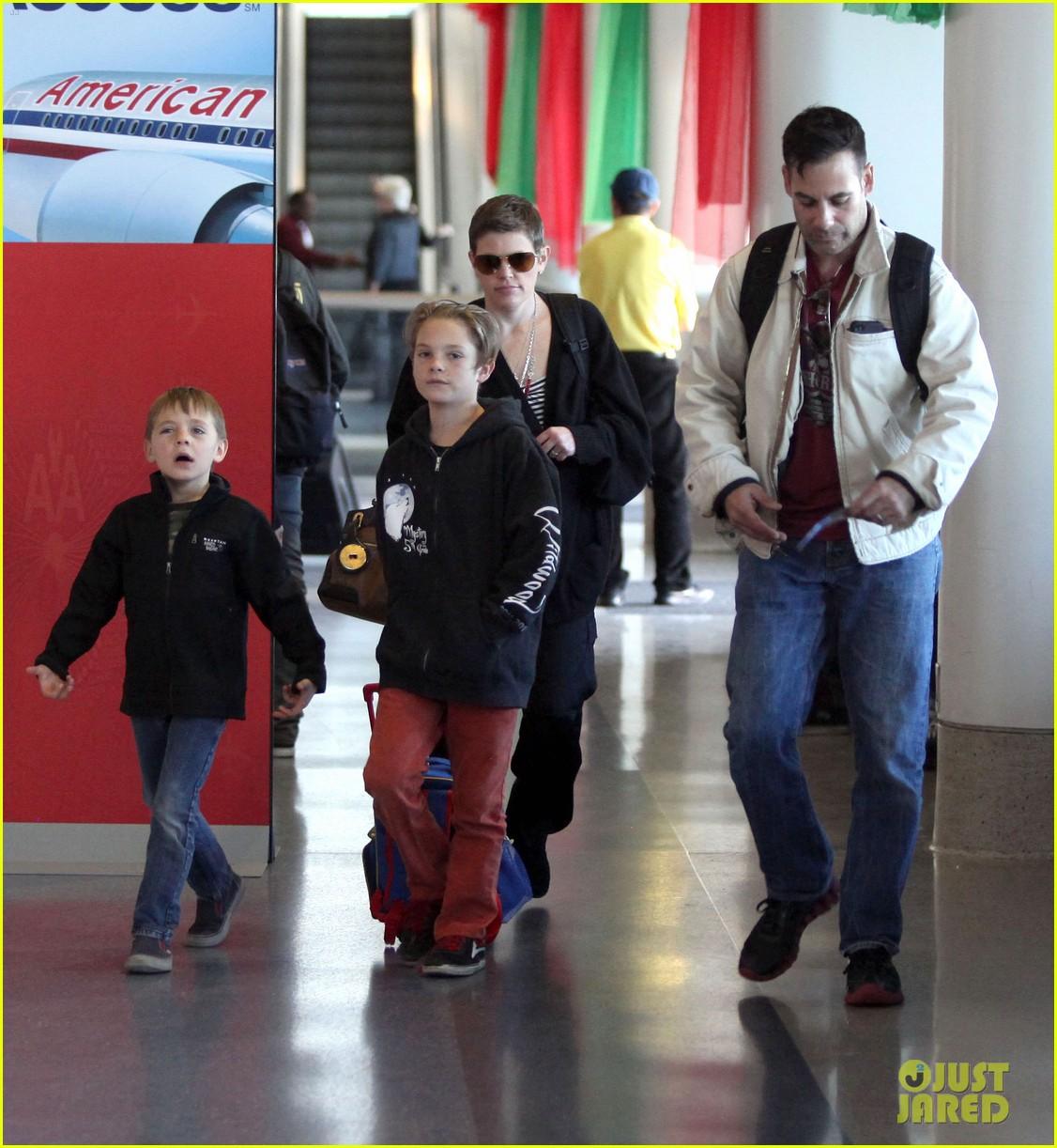 natalie maines adrian pasdar family fun 082612868