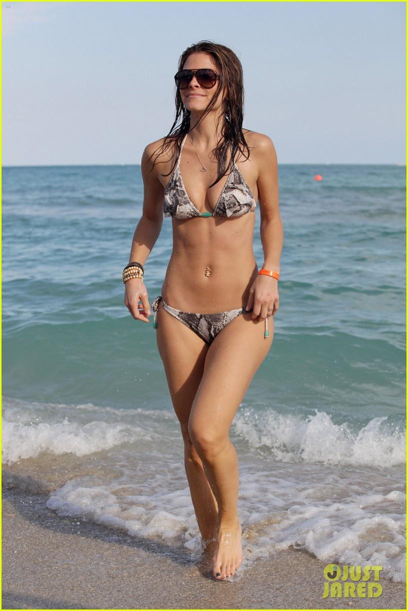 maria menounos bikini ocean 032613245