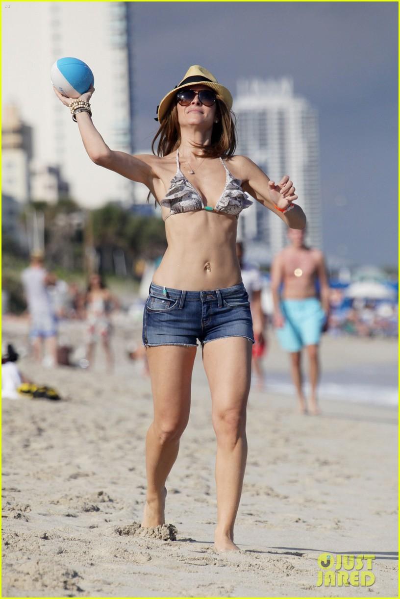 maria menounos bikini ocean 052613247