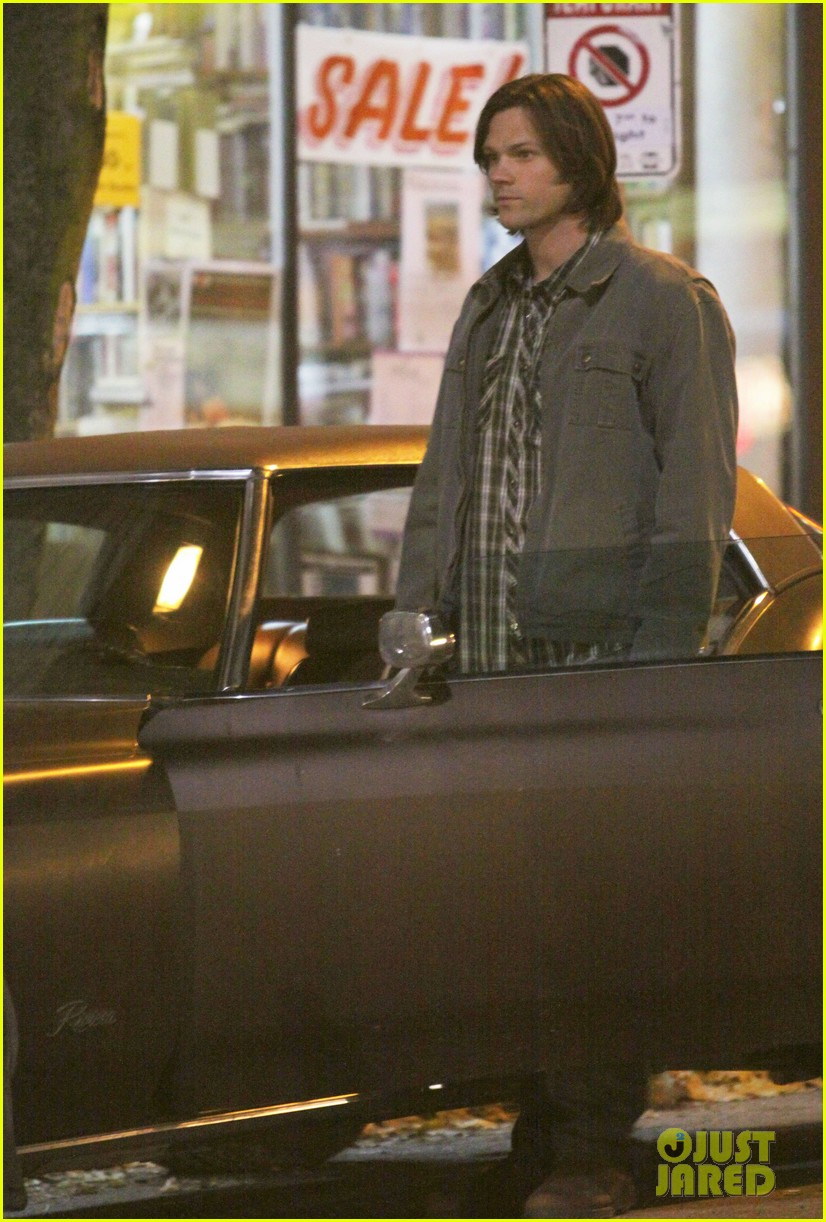 jared padalecki run supernatural 012607221